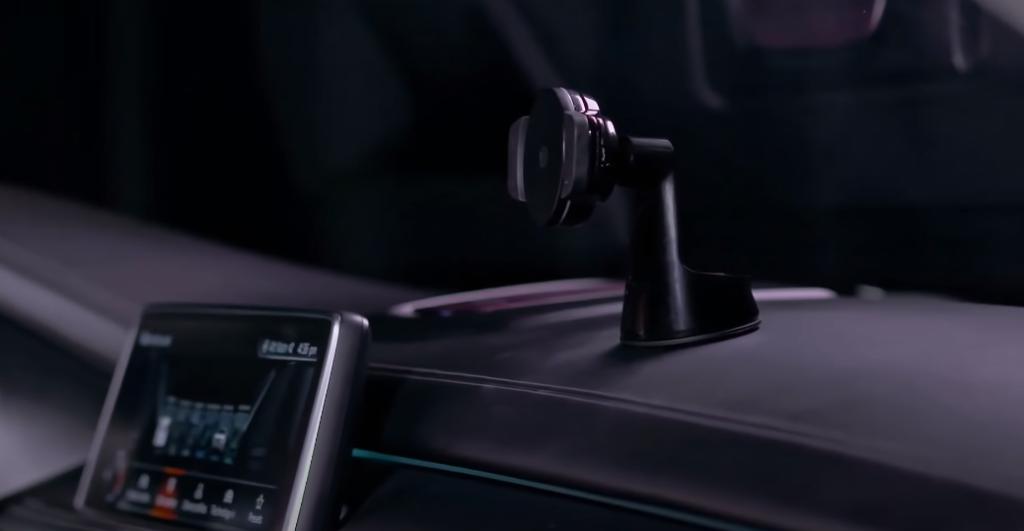 Was muss man im Auto haben?